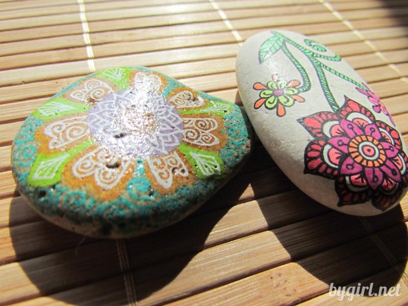 Чем рисовать на камнях: разрисовываем камни, финишное покрытие
